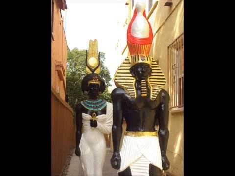 karast_statues